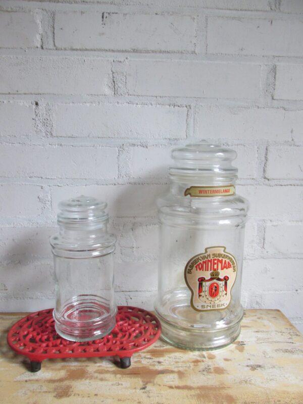 Kleine glazen snoeppot van Tonnema