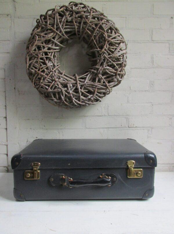 Oude koffer donker blauw 52.5 cm x 34 cm